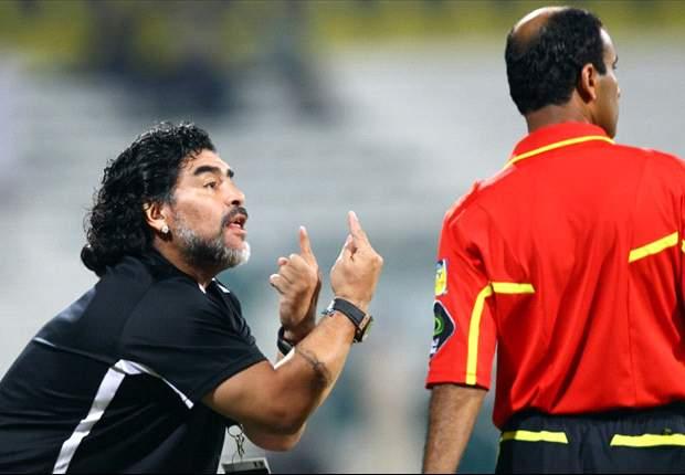 Diego Armando Maradona: Si 300 griegos pudieron contener a 10.000 persas, Grecia podría tener una oportunidad contra Alemania