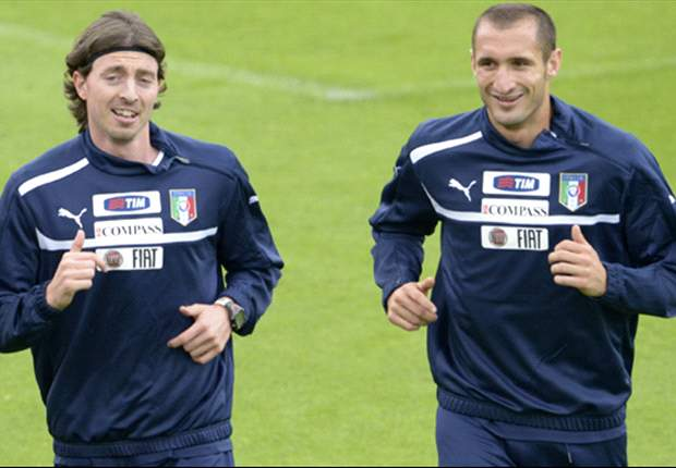 Spain should be scared of us, insists Italy's Chiellini