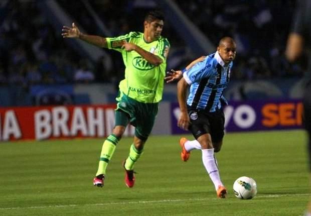 Gabriel revela desejo de deixar o Grêmio: 'Estou procurando um novo clube'