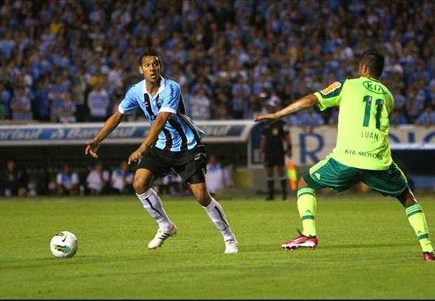 Souza quer jogo de paciência para Grêmio vencer Palmeiras