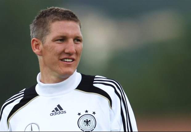 Schweinsteiger spurred on by Germany pressure