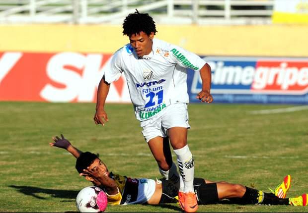 Corinthians acerta com Romarinho