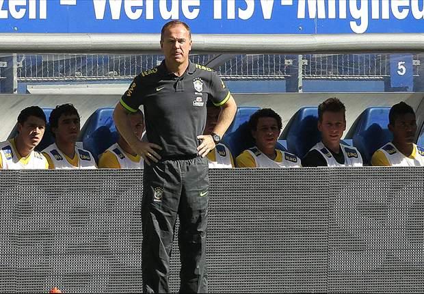 Andrés garante continuidade de Mano Menezes na Seleção