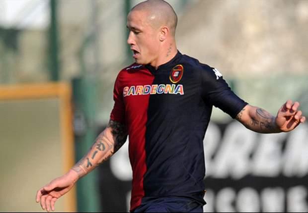 Nainggolan non si muove dal Cagliari: vicinissimo il contratto ritoccato e prolunguato fino al 2015