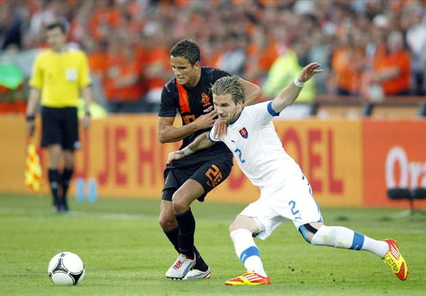 Broken at Barcelona, but ready to rule Euro 2012 - Afellay's impact restores Dutch desire after friendly failures