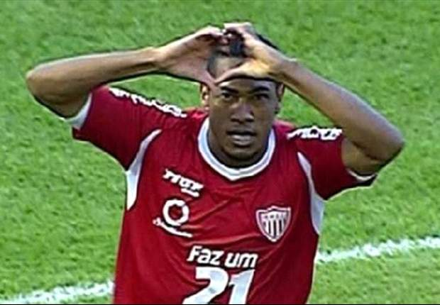 Hernane se recusa a ir para o Avaí e ameaça contratações do Fla