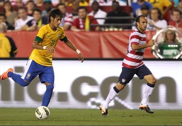 Na concentração com a seleção, Neymar pede pra Ganso ficar no Santos