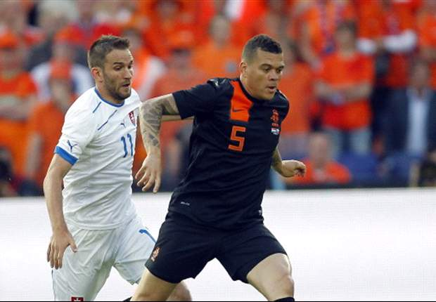 Willy van de Kerkhof: Netherlands will beat Spain and win Euro 2012