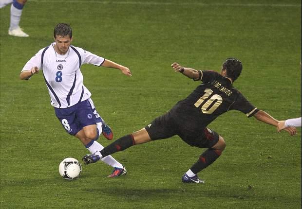 Mexico 2-1 Bosnia & Herzegovina: Chicharito scores winner in stoppage time