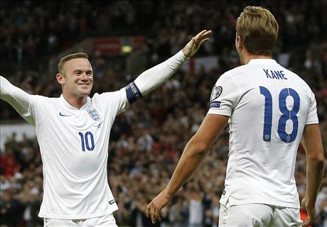 Football world reacts to Rooney record