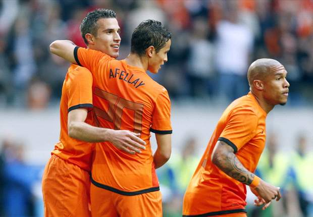Netherlands 6-0 Northern Ireland: Van Persie & Afellay net double as rampant Dutch tune up for Euro 2012 in style