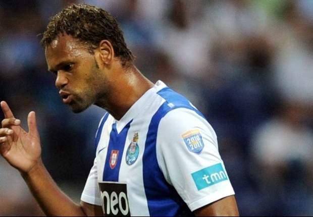 """Ehi Napoli, senti l'agente di Rolando: """"Verrebbe subito a giocare in azzurro, ma De Laurentis deve fare una proposta..."""""""