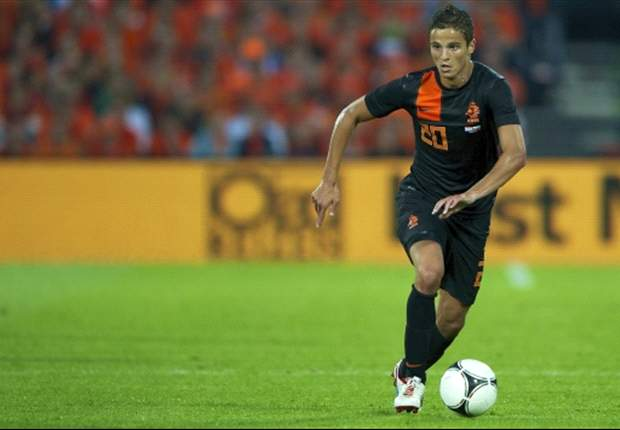 Barcelona offer Afellay to Arsenal and Inter