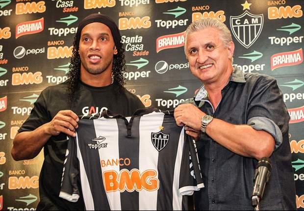 VISÃO MUNDIAL: Ronaldinho no Atlético Mineiro
