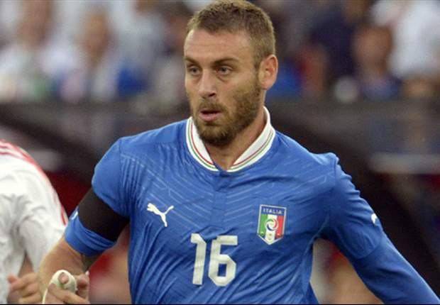De Rossi to start at centre-back for Italy - report
