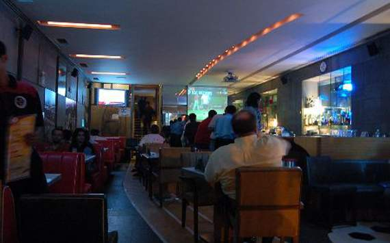 Sports Bar Express-places to watch euro 2012 in mumbai