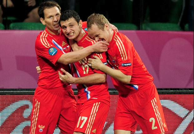 Russia fire four warning shots to Euro 2012 elite to maintain magnificent record