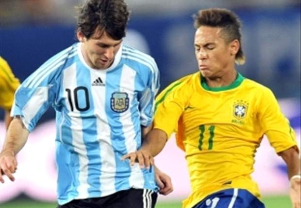 Messi's father: My son & Neymar get on well