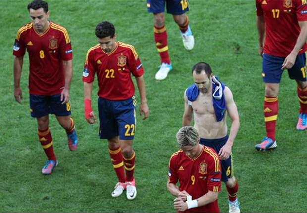 Iniesta brands pitch a 'disaster' following Italy draw