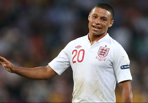 Oxlade-Chamberlain buoyed by England support