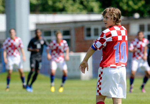 Croatian wonderkid Halilovic trying to ignore Manchester United and Real Madrid rumours