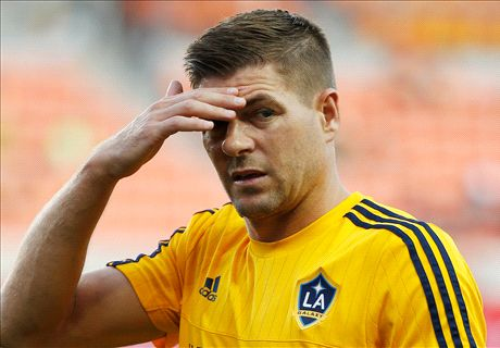 VIDEO: Dutch defender's Gerrard slip