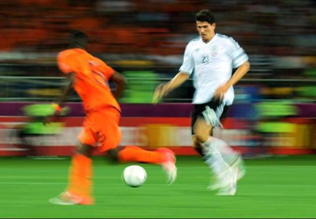 Jerman Janji Bantu Belanda, Ruud Van Nistelrooy Risih