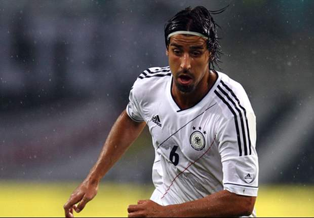 Bayern Munich need a 'true leader' like Khedira, says Beckenbauer