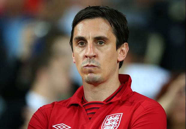 Gary Neville warns England of Balotelli threat