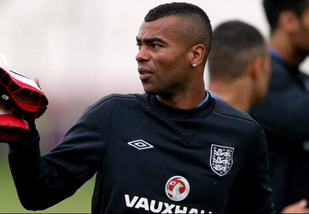 Ashley Cole charged by FA over Twitter outburst