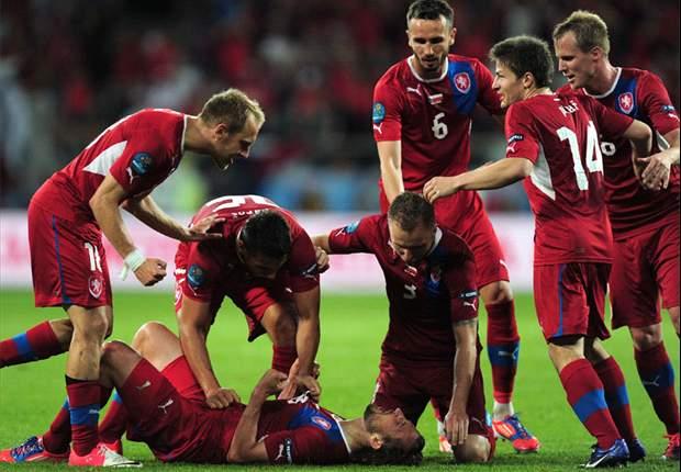 Aufstellung: Tschechien natürlich mit Jiracek - Rosicky wieder nur auf der Bank