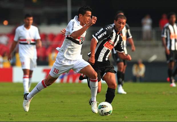 Santos oficializa contratação de Cícero