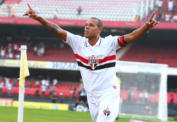 Brasileiro results Round 7: Luis Fabiano, Lucas Moura and Jadson knock Cruzeiro off top-spot in five-goal thriller