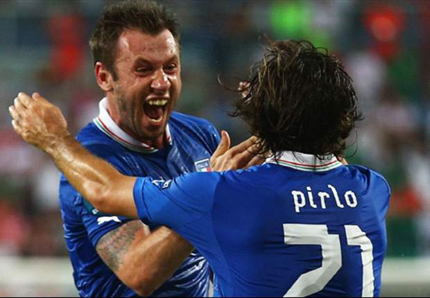 Spain and Italy through to Euro 2012 knockout stages