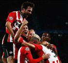 CHAMPIONS | El PSV remontó y se impuso al Manchester United (2-1)