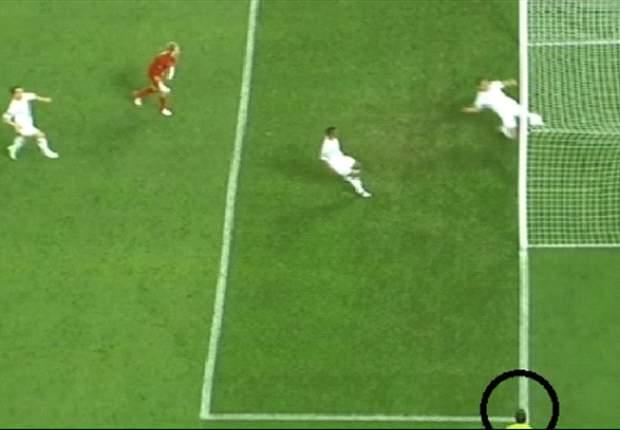 Rio Ferdinand: Gol Ukraina Adalah Karma Piala Dunia!