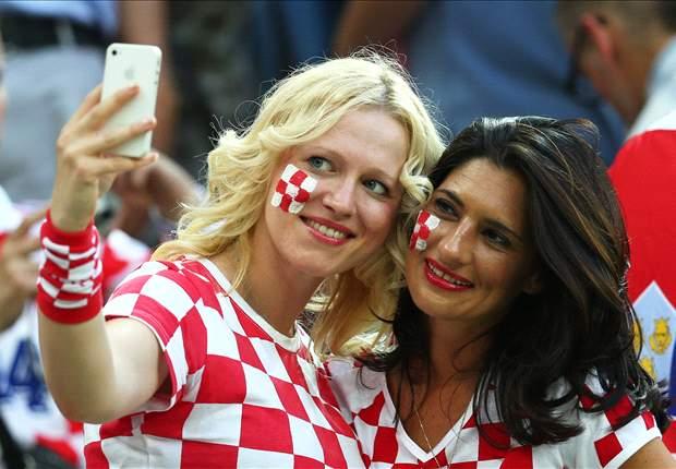 Mondial 2014 - Pas de supporters pour Croatie-Serbie