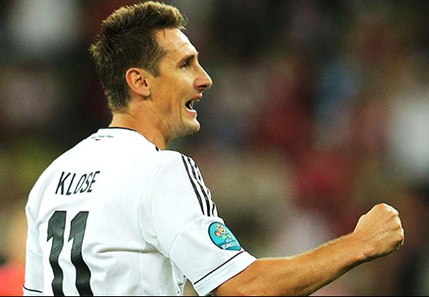 Klose reiterates desire to play at 2014 World Cup