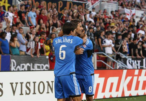 San Jose Earthquakes 1-0 Philadelphia Union: Union fall to 10-man Quakes