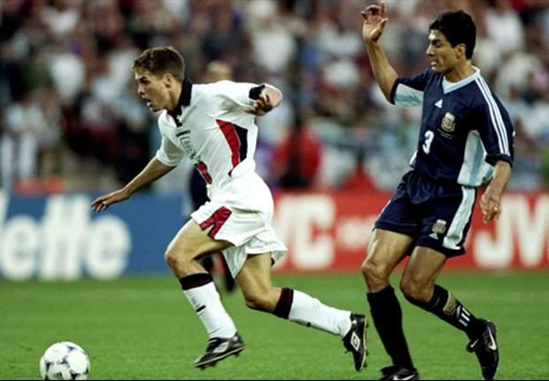 Michael Owen reconoce haber fingido en dos penaltis contra Argentina en los Mundiales