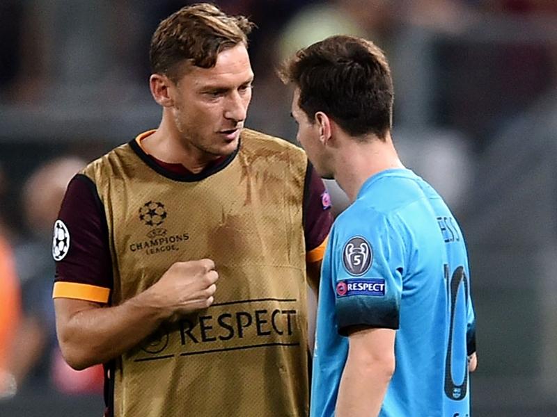"""VIDÉO - L'émouvant message de Messi à Totti : """"Je t'ai toujours admiré"""""""
