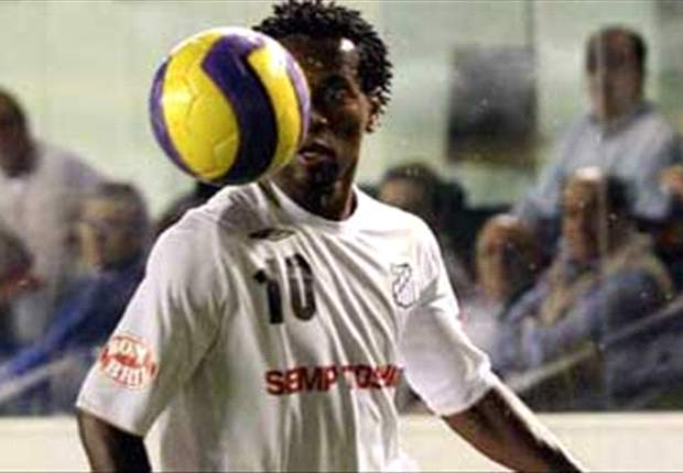 Ze Roberto targets Al-Gharafa exit and admits Santos return