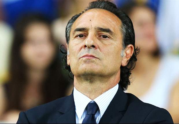 Spain are favourites to win Euro 2012, says Prandelli