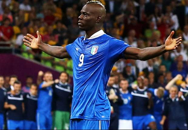 Balotelli in bust-up with De Rossi during England clash - report