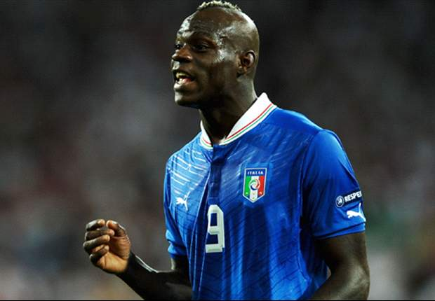 Maradona: Prandelli must hope Balotelli explodes