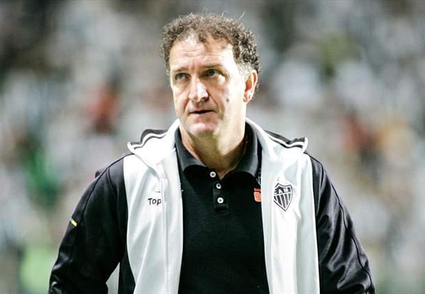 Cuca diz que Atlético-MG não está fechado para 2013
