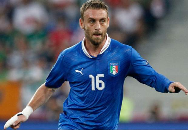 De Rossi: Pirlo is a genius