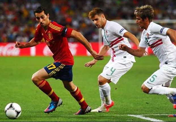 Weak-link Arbeloa under threat for Real Madrid & Spain