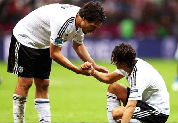 Hummels forced out of Germany squad