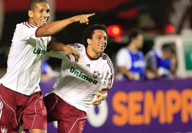 Samuel brilha, marca dois, e Flu bate Náutico em Recife
